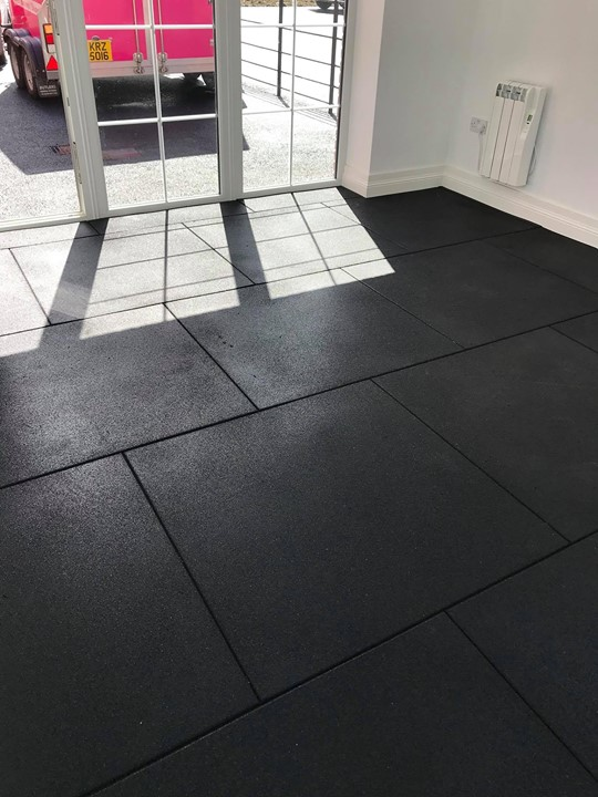 40 square meters of 20mm granuflex rubber flooring in their Home PT studio
